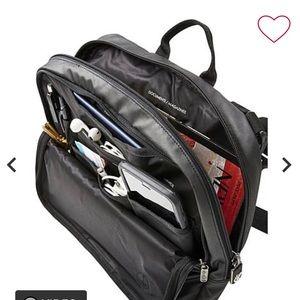 Genius Pack high altitude travel bag black